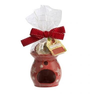 Świąteczny kominek wraz z zestawem trzech wosków